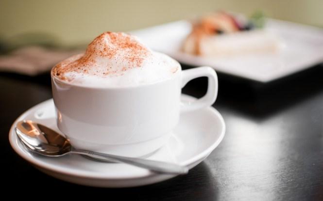 7018847-cappuccino-foam